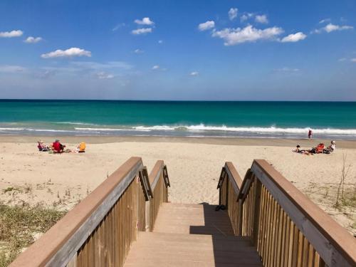 beachwalkway